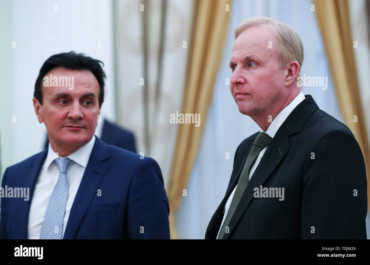 Moscow, Russia. 20th Mar, 2019. MOSCOW, RUSSIA - MARCH 20, 2019: AstraZeneca CEO Pascal Soriot (L) and BP Chief Executive Robert Dudley ahead of a meeting between other British businessmen and Russia's President Vladimir Putin at the Moscow Kremlin. Mikhail Tereshchenko/TASS Credit: ITAR-TASS News Agency/Alamy Live News - Stock Image