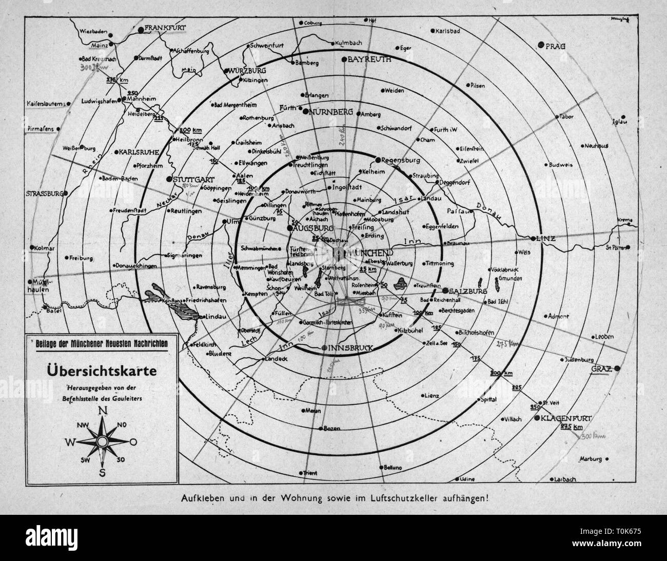 events, Second World War / WWII, aerial warfare, Germany, air raid protection, map indicating ranges from Munich, insert of the journal 'Muenchener Neueste Nachrichten', circa 1943, Additional-Rights-Clearance-Info-Not-Available - Stock Image