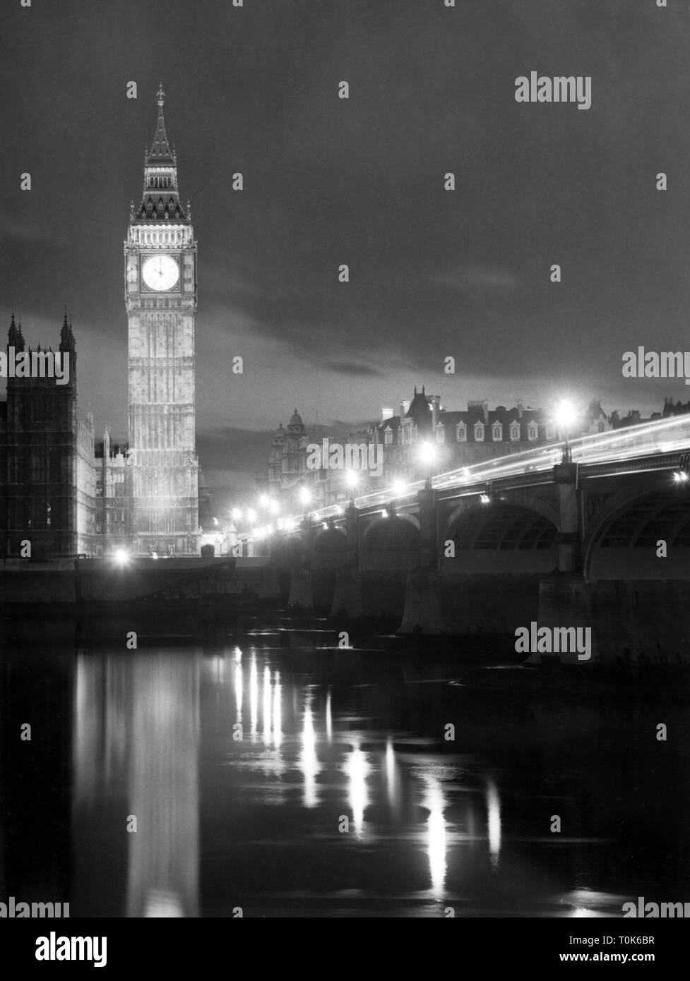 geography / travel, Great Britain, England, London, buildings, Houses of Parliament, Westminster, bell tower with 'Big Ben', Westminster Bridge and Thames, night shot, 1962, Additional-Rights-Clearance-Info-Not-Available - Stock Image