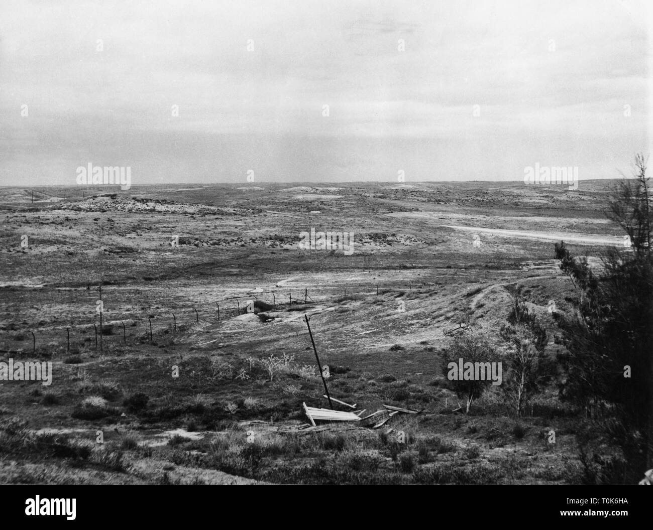 geography / travel, Palestine, Gaza strip, border to Israel, no man's land, 1956, Additional-Rights-Clearance-Info-Not-Available - Stock Image
