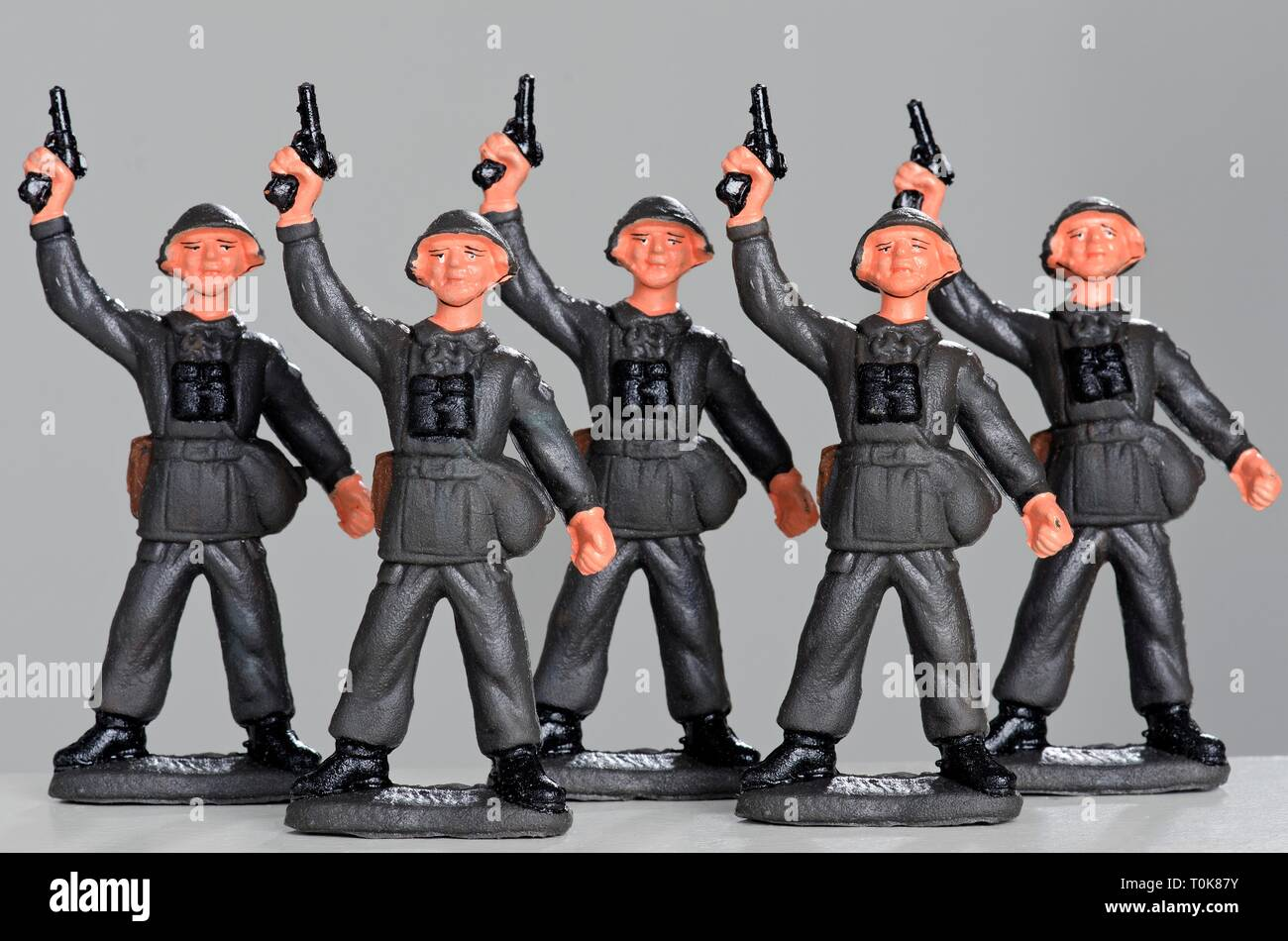toys, toy figures, guarding soldiers of the National People's Army, made by VEB Spielzeugland Meng.-Hämm., Werk Effelder, East-Germany, circa 1987, Additional-Rights-Clearance-Info-Not-Available - Stock Image