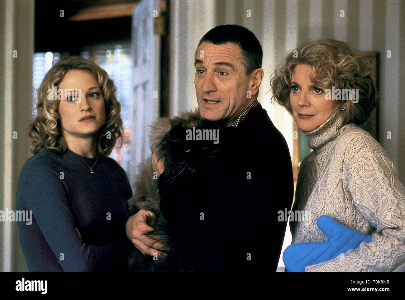 TERI POLO, ROBERT DE NIRO, BLYTHE DANNER, MEET THE PARENTS, 2000 Stock Photo