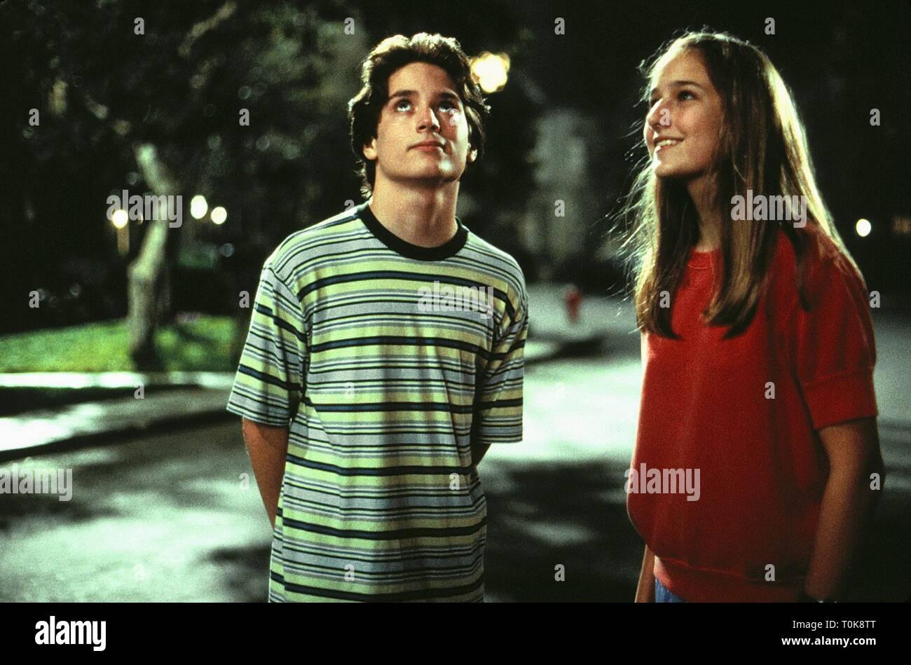 Elijah Wood Leelee Sobieski Deep Impact 1998 Stock Photo Alamy