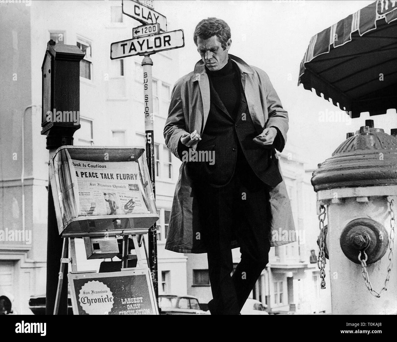 b518fc80e8b4a Steve Mcqueen Black and White Stock Photos   Images - Alamy