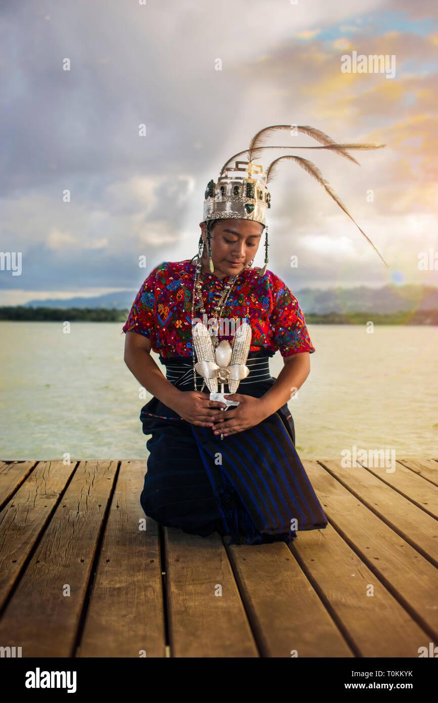 rabin ajaw, concepcion chiquirichapa, quetzaltenango xela cola e hija del rew kaibil balam, hija del quetzal, nacional caiba livingston izabal guatema - Stock Image