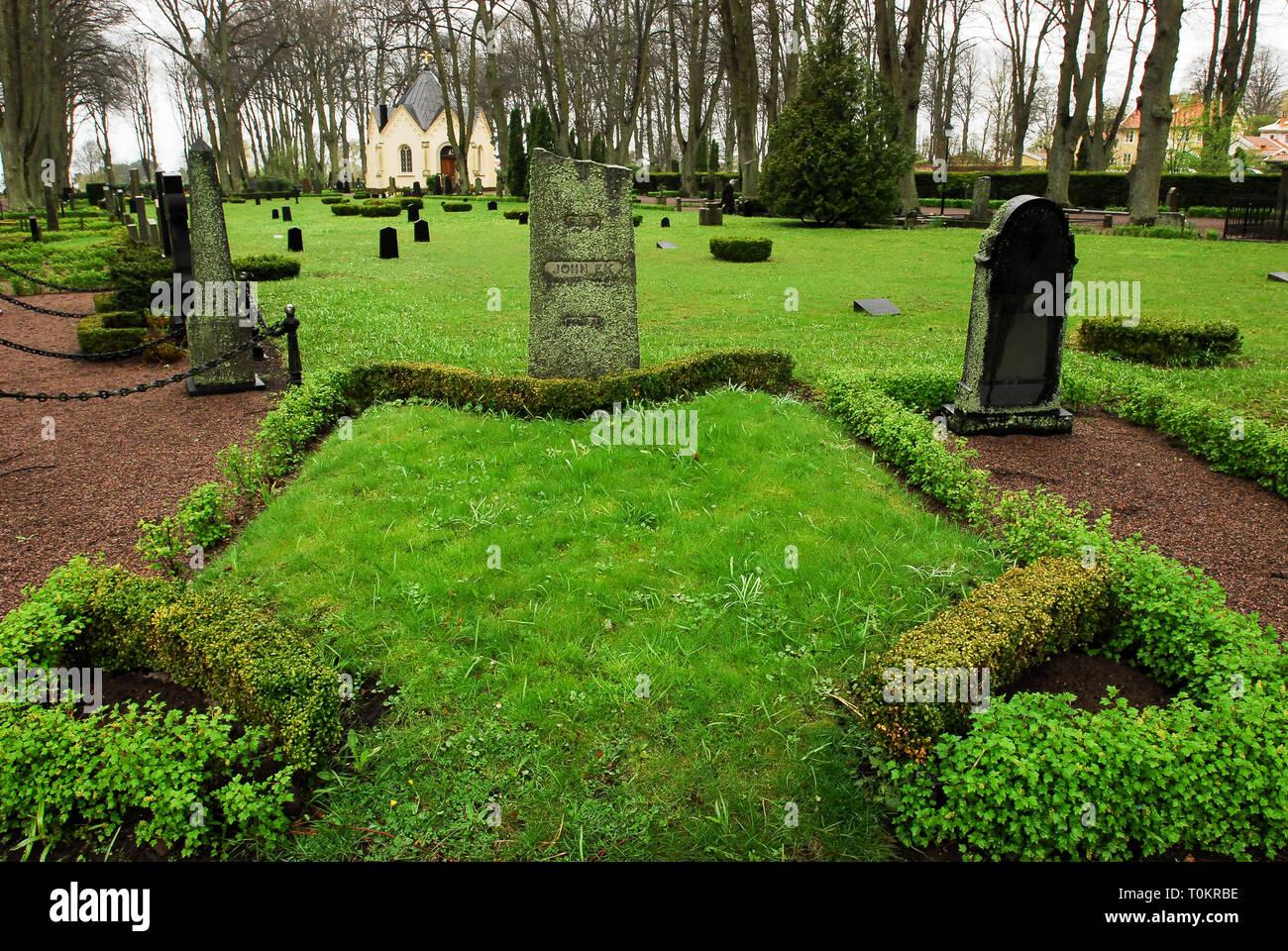 Old Cemetery in Kalmar, Kalmar County, Sweden. May 2nd 2008 © Wojciech Strozyk / Alamy Stock Photo - Stock Image