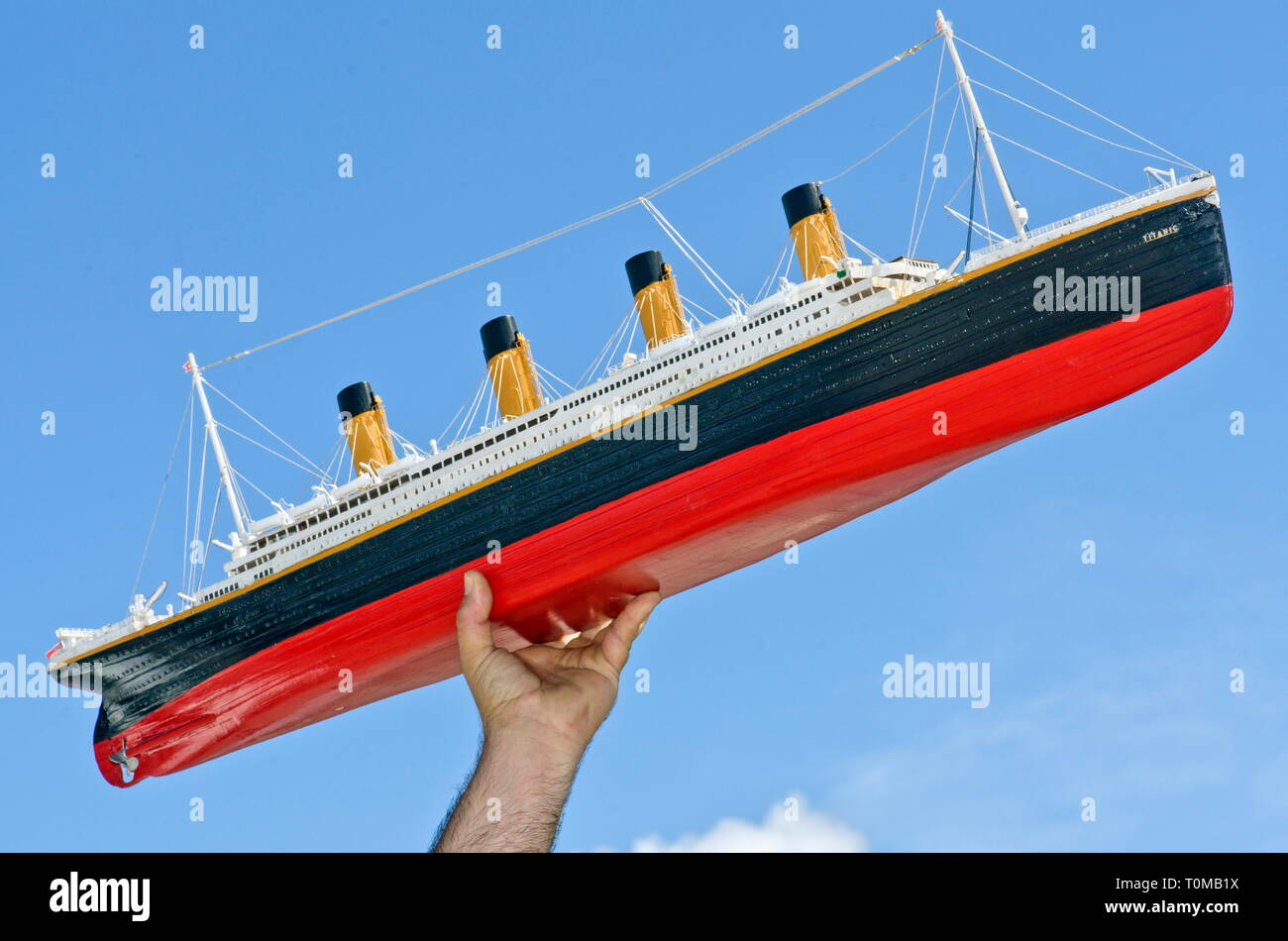 toys, Titanic, model ship, reproduced in facsimile, circa 1m long, ship, upholding, Germany, circa 1985, Additional-Rights-Clearance-Info-Not-Available - Stock Image