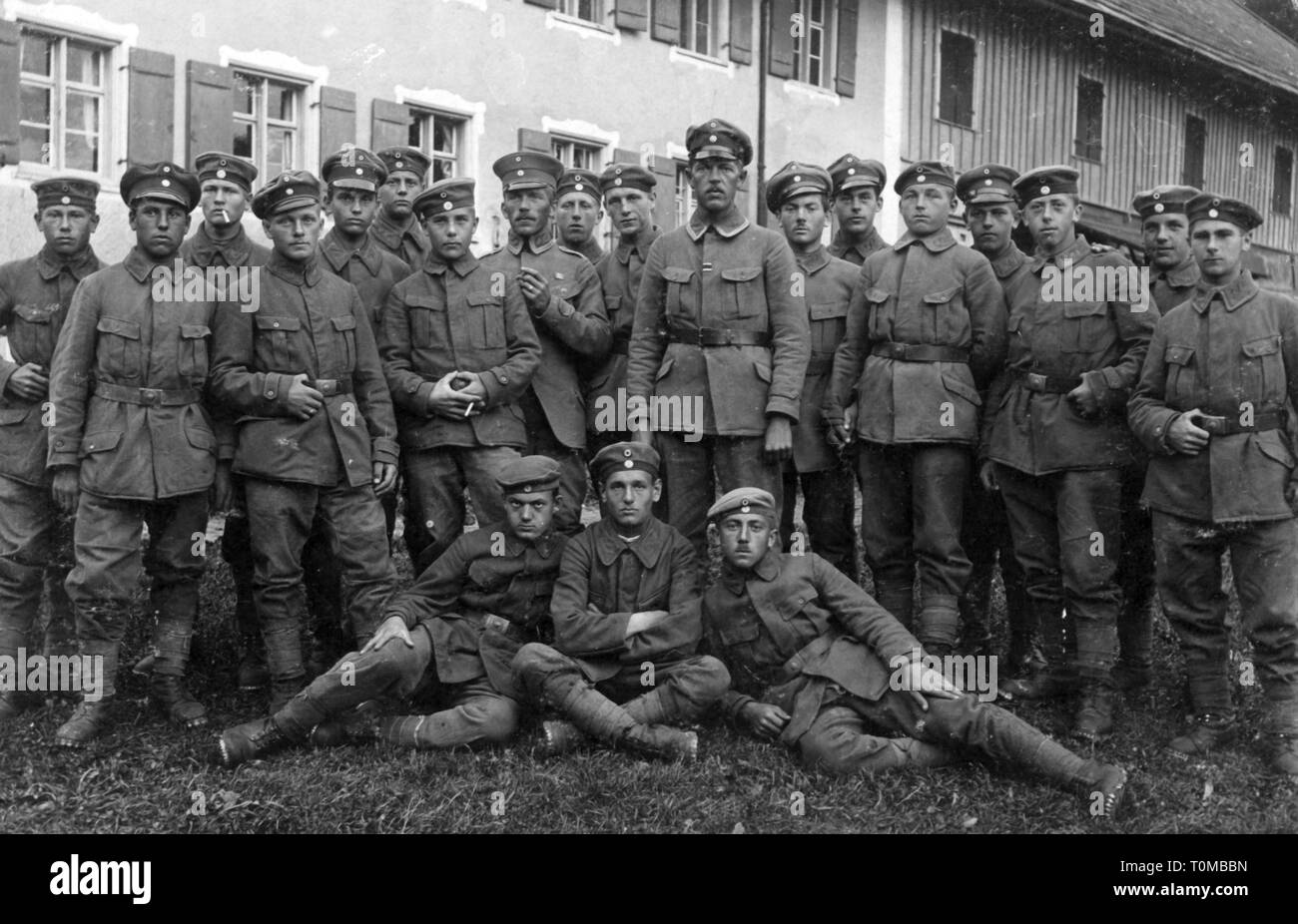 First World War / WWI, group German soldiers of the Bavarian Rifle Regiment 3 (Alpine Corps), August 1917, Additional-Rights-Clearance-Info-Not-Available Stock Photo