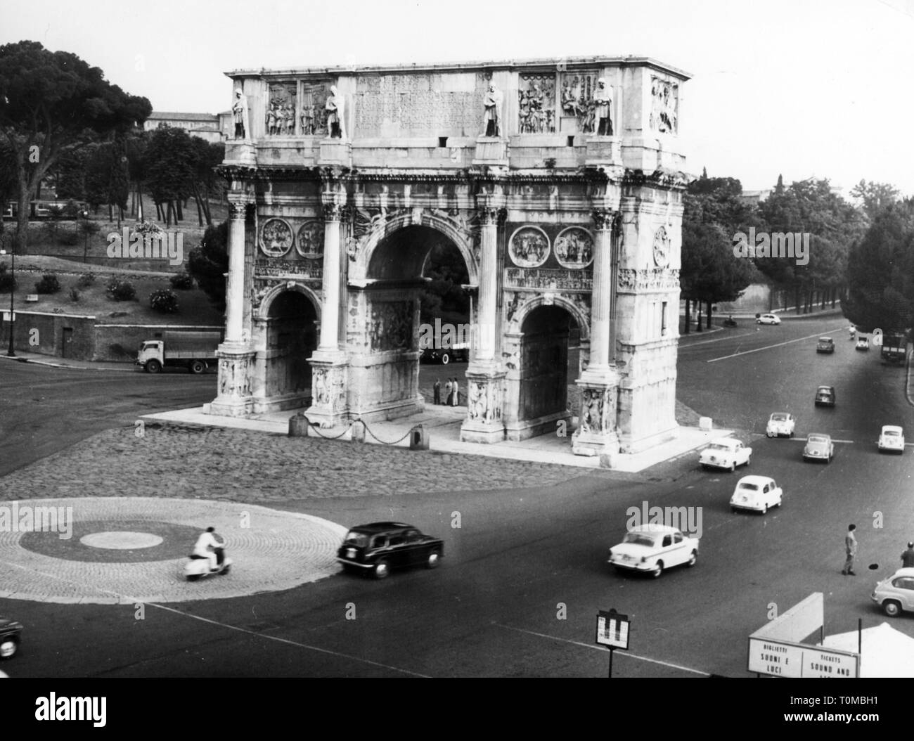 geography / travel, Italy, Rome, building, triumphal arch of Emperor Constantine I, view, 8.7.1960, Additional-Rights-Clearance-Info-Not-Available - Stock Image