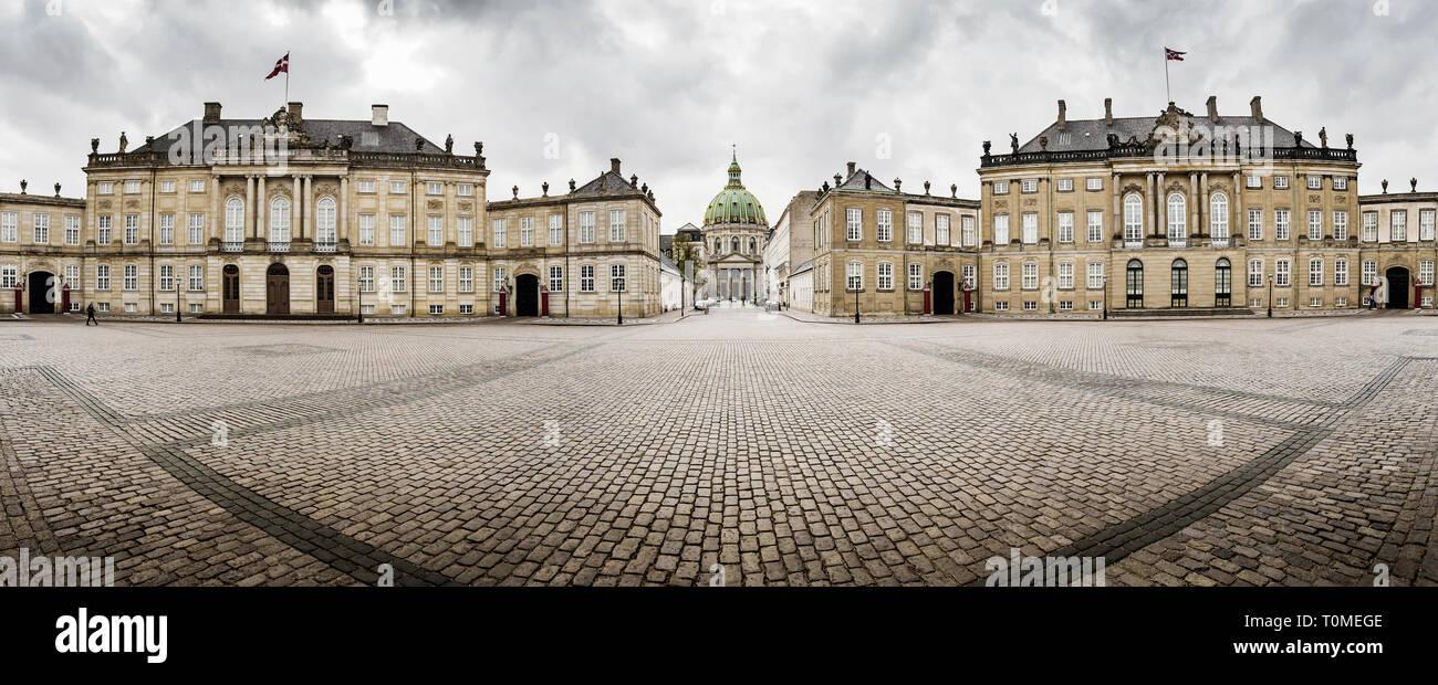 Amalienborg Castle, Copenhagen, Denmark - Stock Image