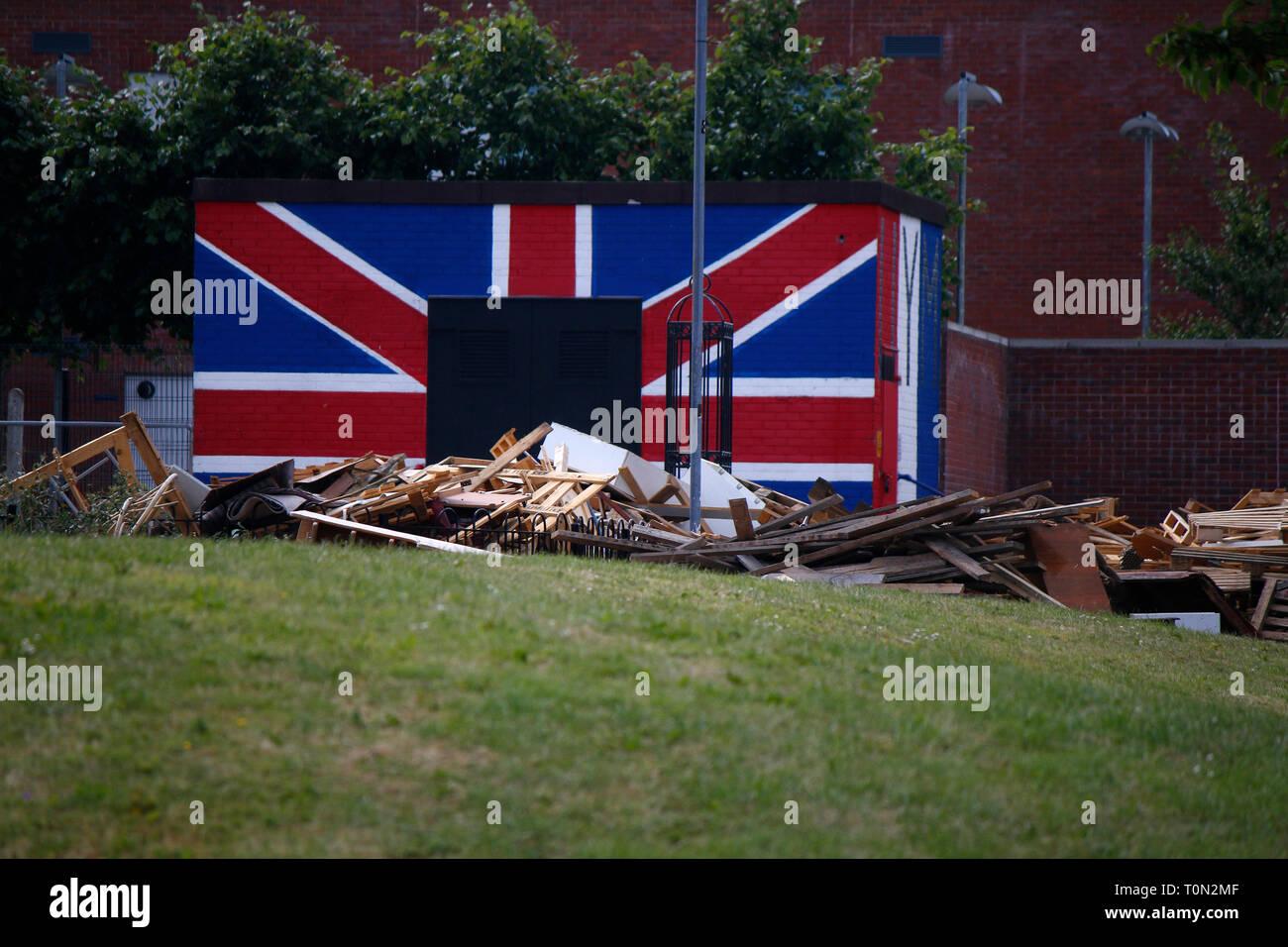 britische Fahne - Wandbild/ Mural, das an den Buergerkrieg erinnert , im protestantischen Teil Belfasts, Shankill Road, Belfast, Nordirland  (nur fuer - Stock Image