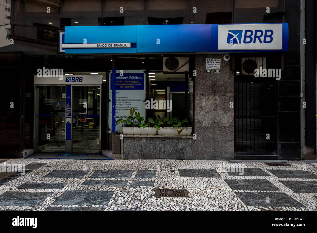 SP - Sao Paulo - 03/21/2019 - Bank of Brasilia Facade Sao Paulo - Facade of Banco de Brasilia in Jose Bonifacio street downtown of Sao Paulo. The bank and target of Operation Circus Maximus whose second phase was launched on the morning of Thursday 21, the operation aims to disrupt a supposed criminal organization installed in the BRB since 2014. Photo: Suamy Beydoun / AGIF - Stock Image