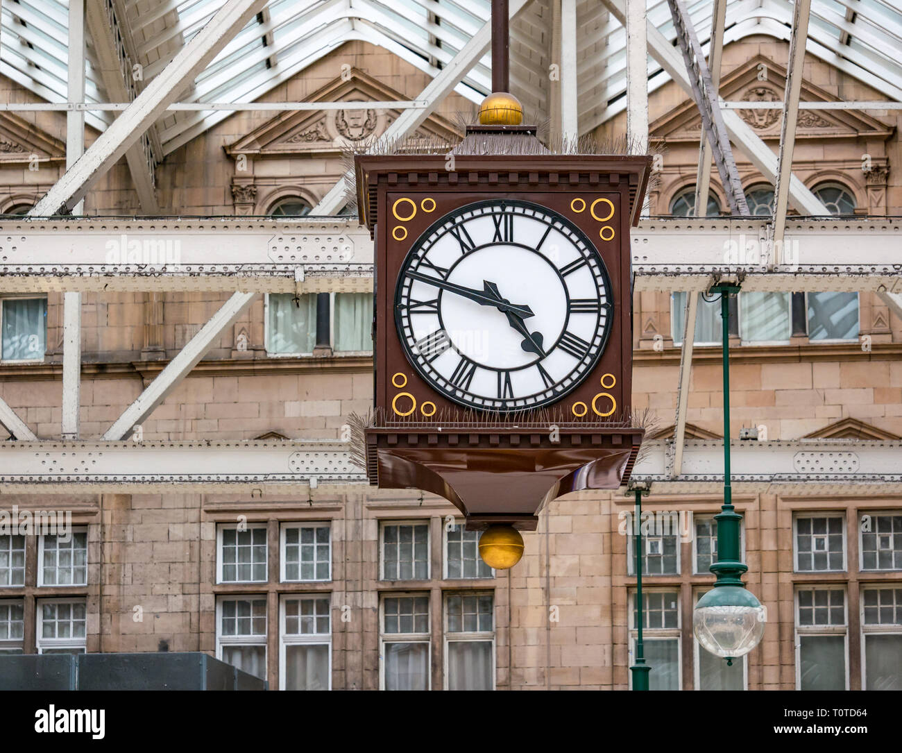 Well known meeting spot, Victorian clock on concourse of Glasgow Central Station, Scotland, UK - Stock Image
