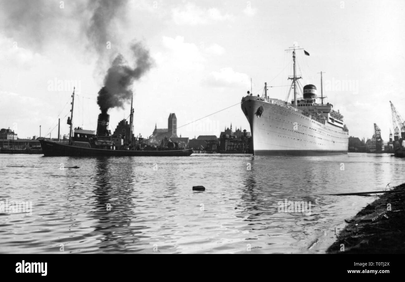 transport / transportation, navigation, steamship, Admiral Nachimow, Norddeutscher Lloyd, exterior view, at the port, circa 1930, Additional-Rights-Clearance-Info-Not-Available - Stock Image