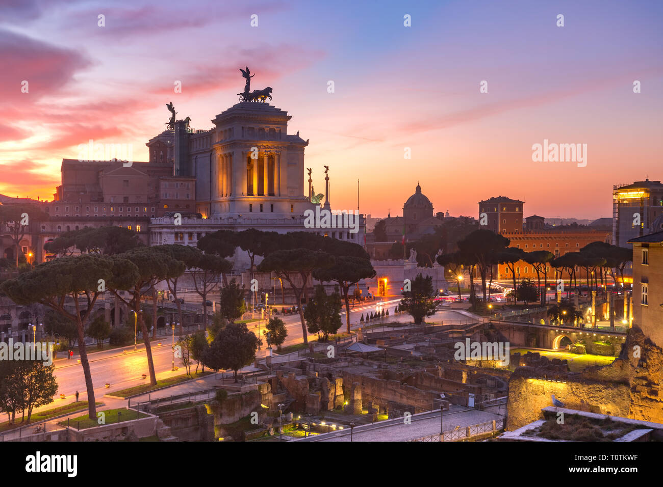 Altar of the Fatherland at sunrise, Rome, Italy - Stock Image