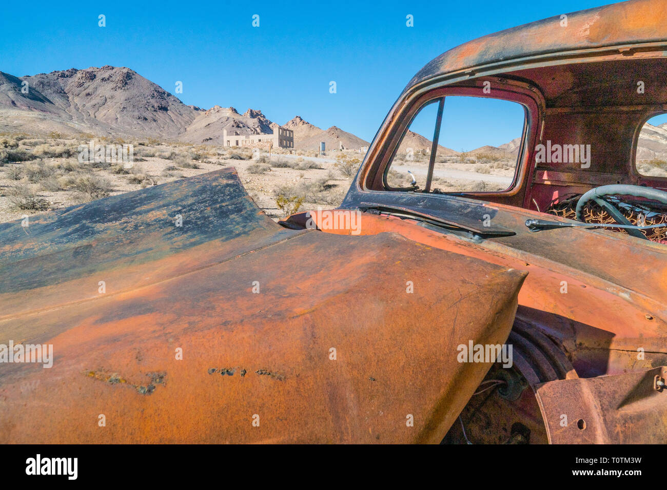 Wrecked Truck Stock Photos & Wrecked Truck Stock Images - Alamy