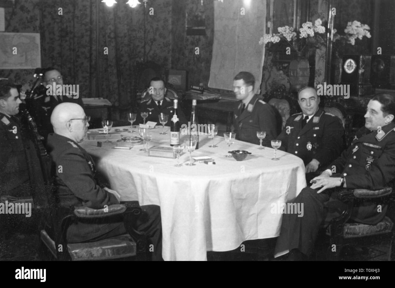Second World War / WWII, communications zone, officers of the German Luftwaffe (German Air Force) at a birthday party, circa 1941, Additional-Rights-Clearance-Info-Not-Available - Stock Image