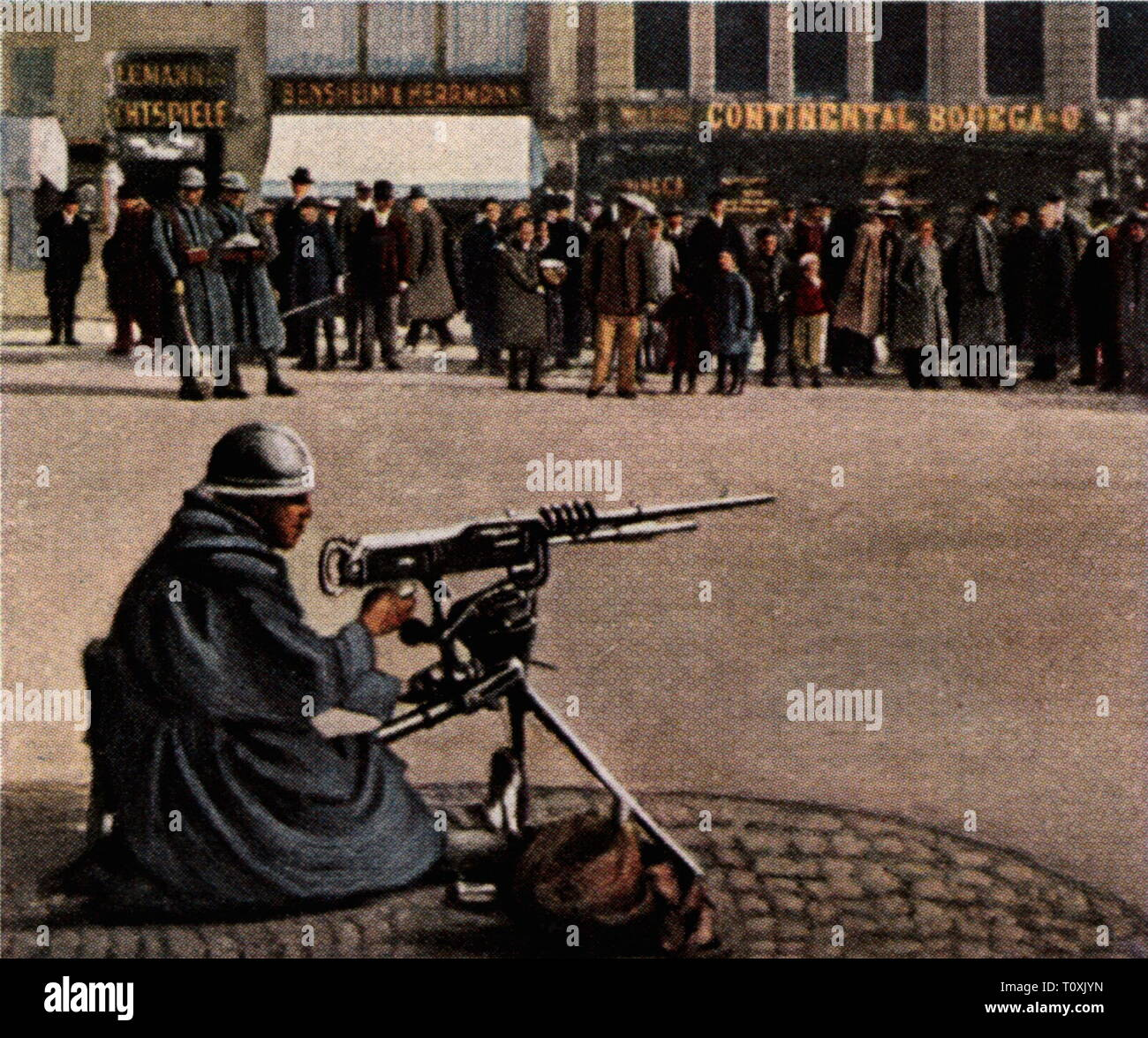 Occupation of a part of Hesse as counter-measure for the entry of the Reichswehr into the Ruhr area, 6.4.1920, French sentry, Hauptwache, Frankfurt am Main, Germany, coloured photograph, cigarette card, series 'Die Nachkriegszeit', 1935, Ruhr Uprising, March uprising, Ruhr conflict, soldiers, soldier, military, machine gun, machine guns, machine-gun, people, People's State of Hesse, Germany, German Reich, Weimar Republic, 1920s, 20th century, occupation, occupations, counter-measure, countermeasure, countervailing measure, counter-measures, count, Additional-Rights-Clearance-Info-Not-Available - Stock Image