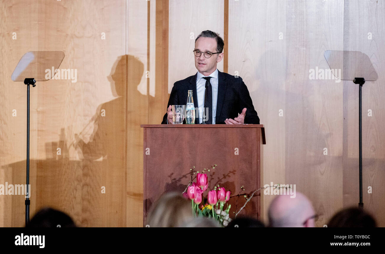 Berlin, Germany. 22nd Mar, 2019. Heiko Maas (SPD), Foreign Minister of Germany, speaks at the handover of office from Foreign State Secretary Lindner to his successor Leendertse. Credit: Christoph Soeder/dpa/Alamy Live News - Stock Image