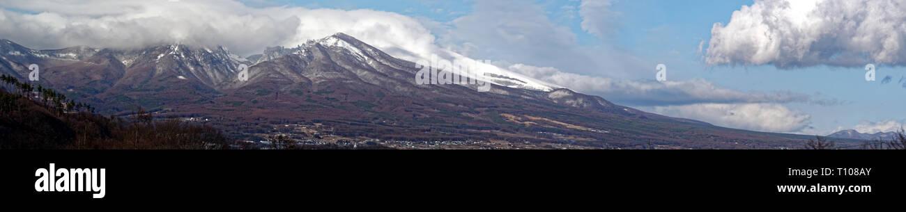 Active volcano Asamayama on the border between Gunma and Nagano - Stock Image