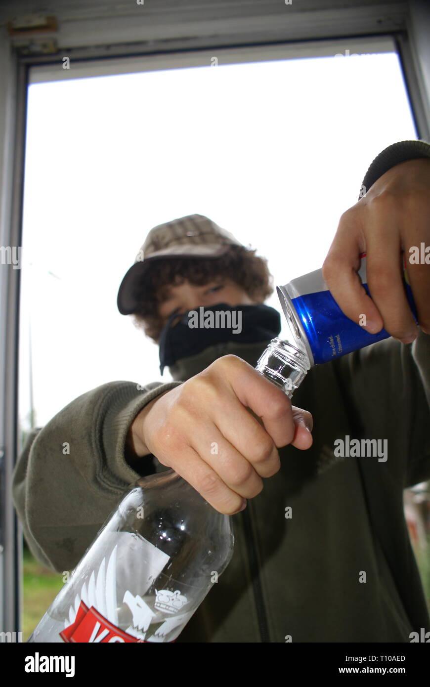 under age drinking, anti social behaviour - Stock Image