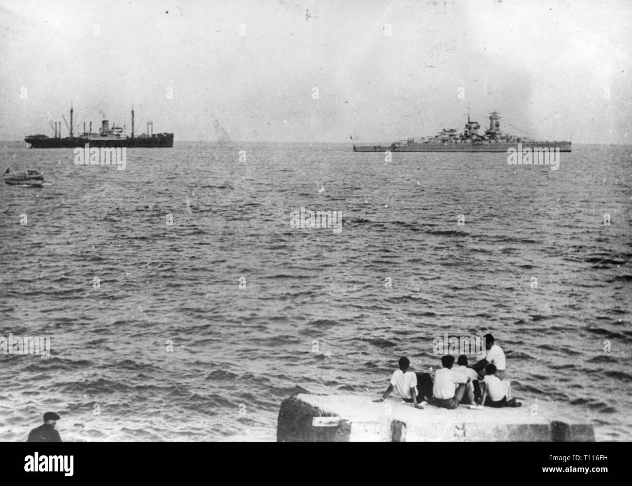 Spanish Civil War 1936 - 1939, of the German heavy cruiser 'Admiral Scheer' before the Spanish coast, Barcelona, August 1936, Additional-Rights-Clearance-Info-Not-Available - Stock Image