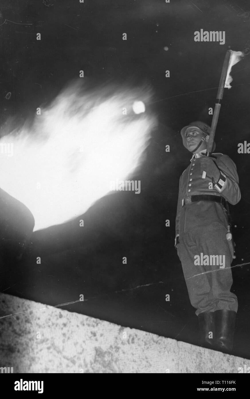 Nazism / National Socialism, military, army, guard with torch on the ocassion of the visit of Benito Mussolini, Olympic stadium, Berlin, 29.9.1937, Additional-Rights-Clearance-Info-Not-Available - Stock Image