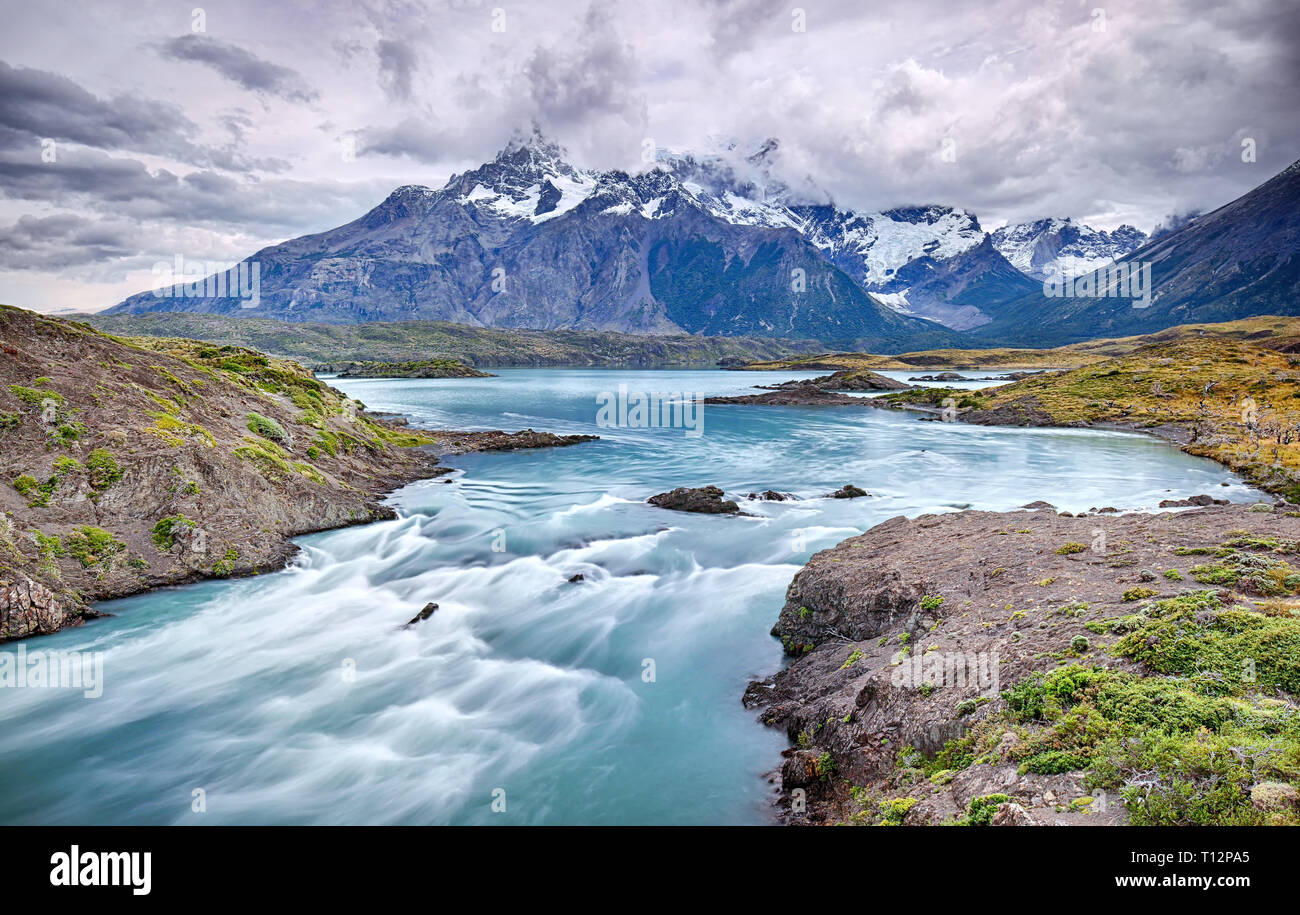 Rio Paine near Salto Grande waterfall - Torres del Paine N.P. (Patagonia, Chile) - Stock Image