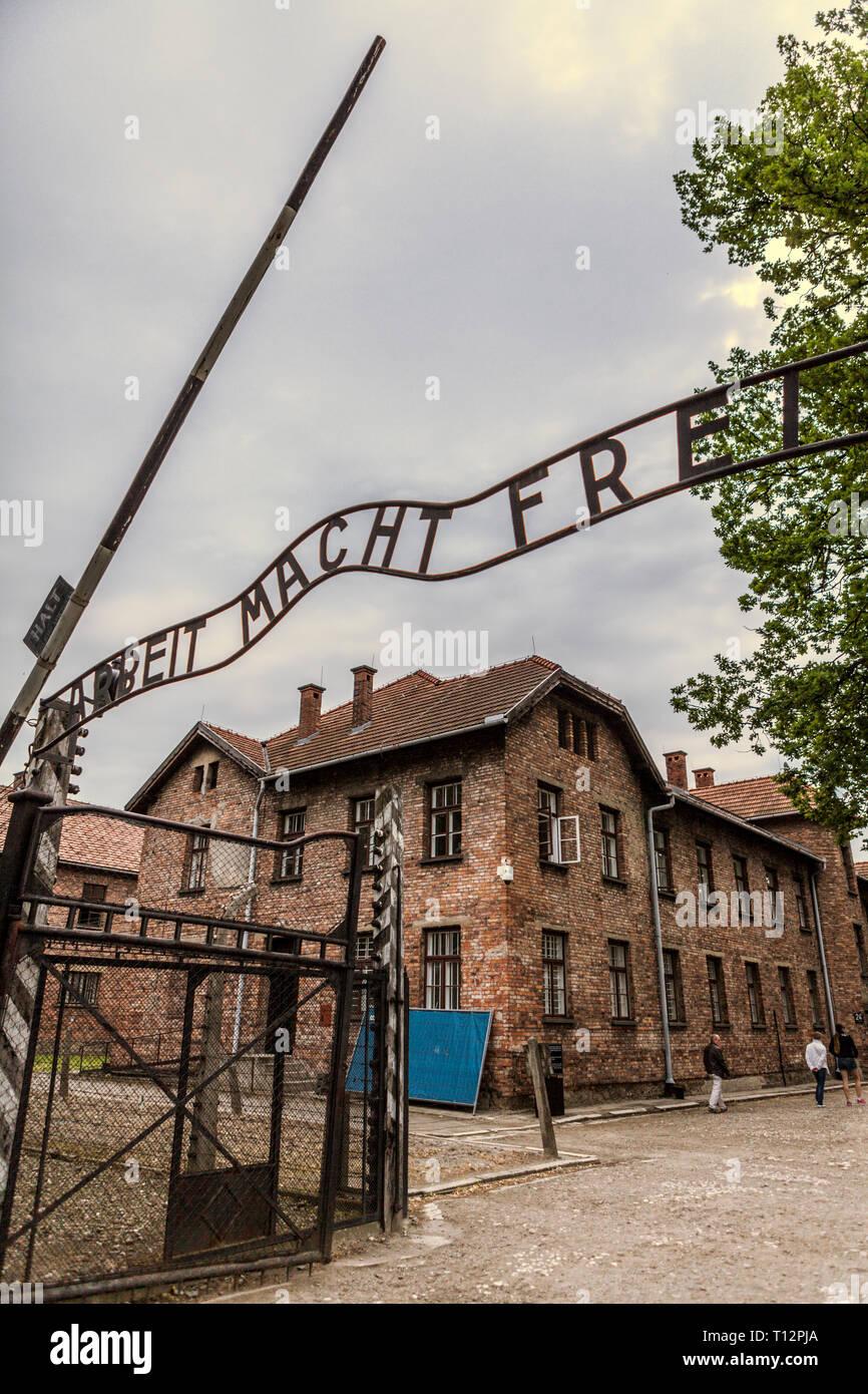 'Arbeit Macht Frei' entrance gate at Auschwitz Concentration Camp - Stock Image