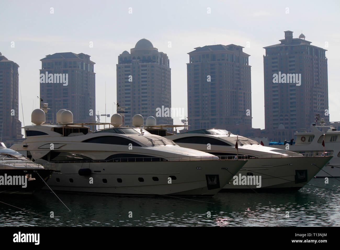 Impressionen: Yachten, Wolkenkratzer, Doha, Katar/ Qata. - Stock Image