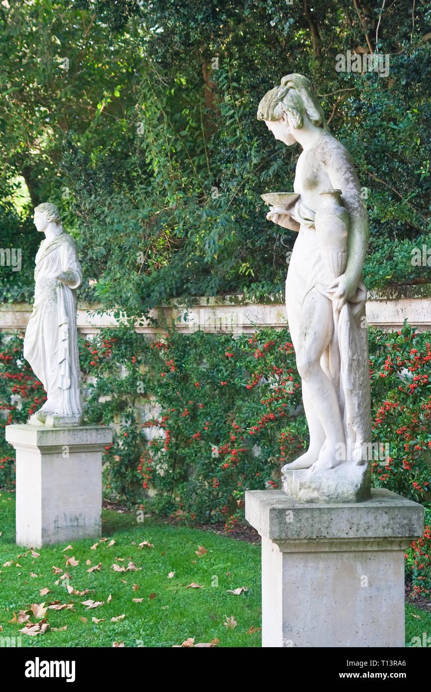 Sculpture in the Park Bagatelle (Parc de Bagatelle) in the Bois de Boulogne. Paris Stock Photo