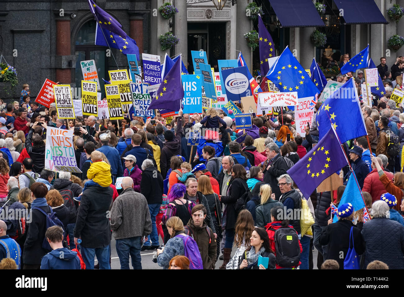 London, UK. 23rd March, 2019. Thousands of protesters join the People's Vote March in London. Credit: Marcin Rogozinski/Alamy Live News - Stock Image