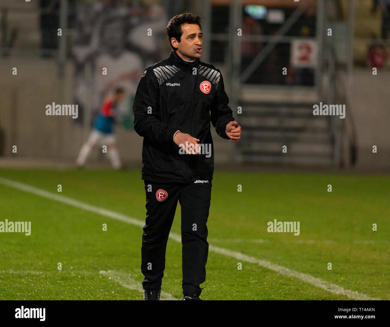 sports, football, Regional League West, 2018/2019, Rot Weiss Oberhausen vs Fortuna Duesseldorf U23 3-3, Stadium Niederrhein in Oberhausen, head coach Nico Michaty (Fortuna) - Stock Image