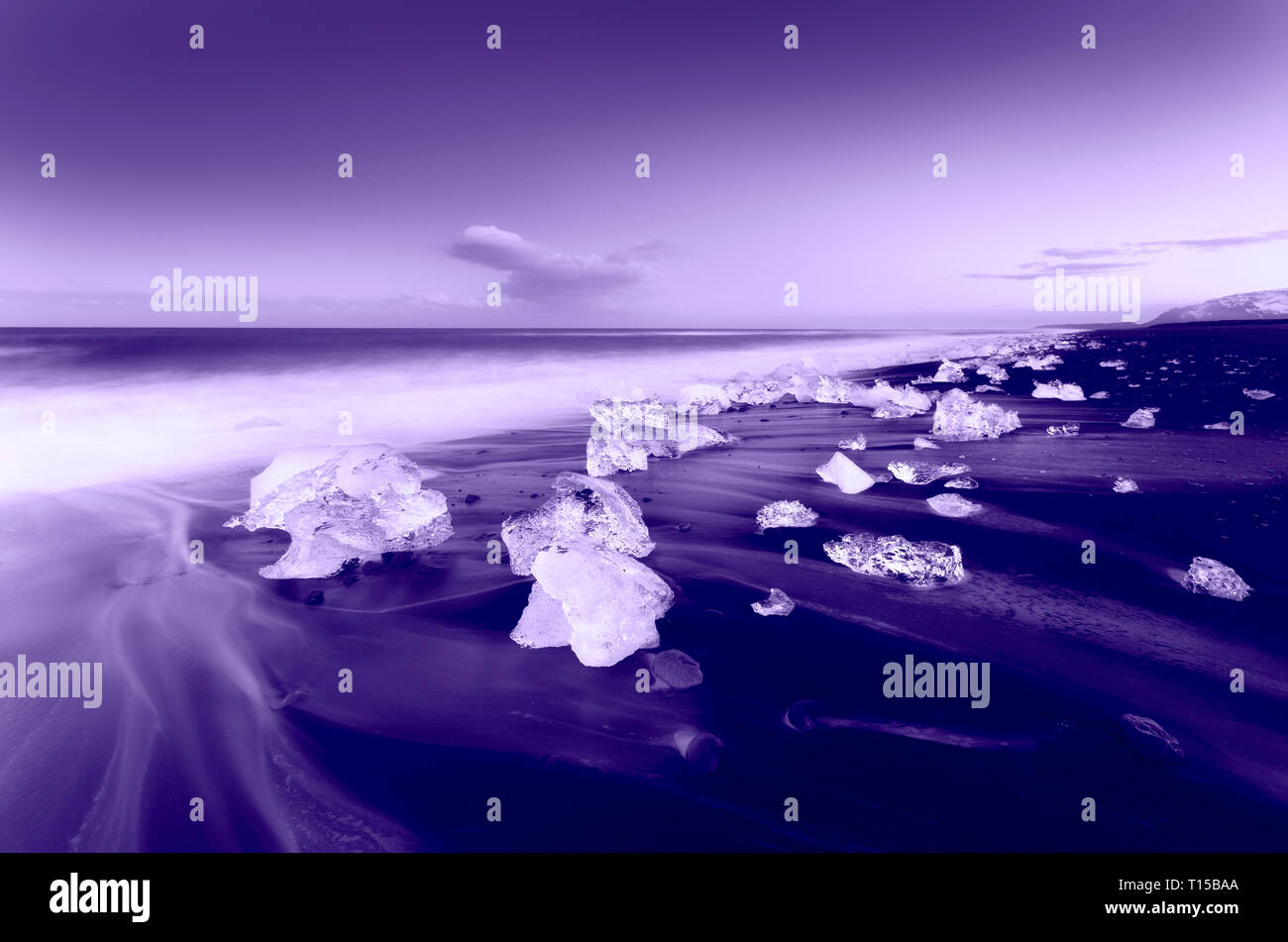 Jokulsarlon beach, mini Ice bergs, South Iceland. - Stock Image