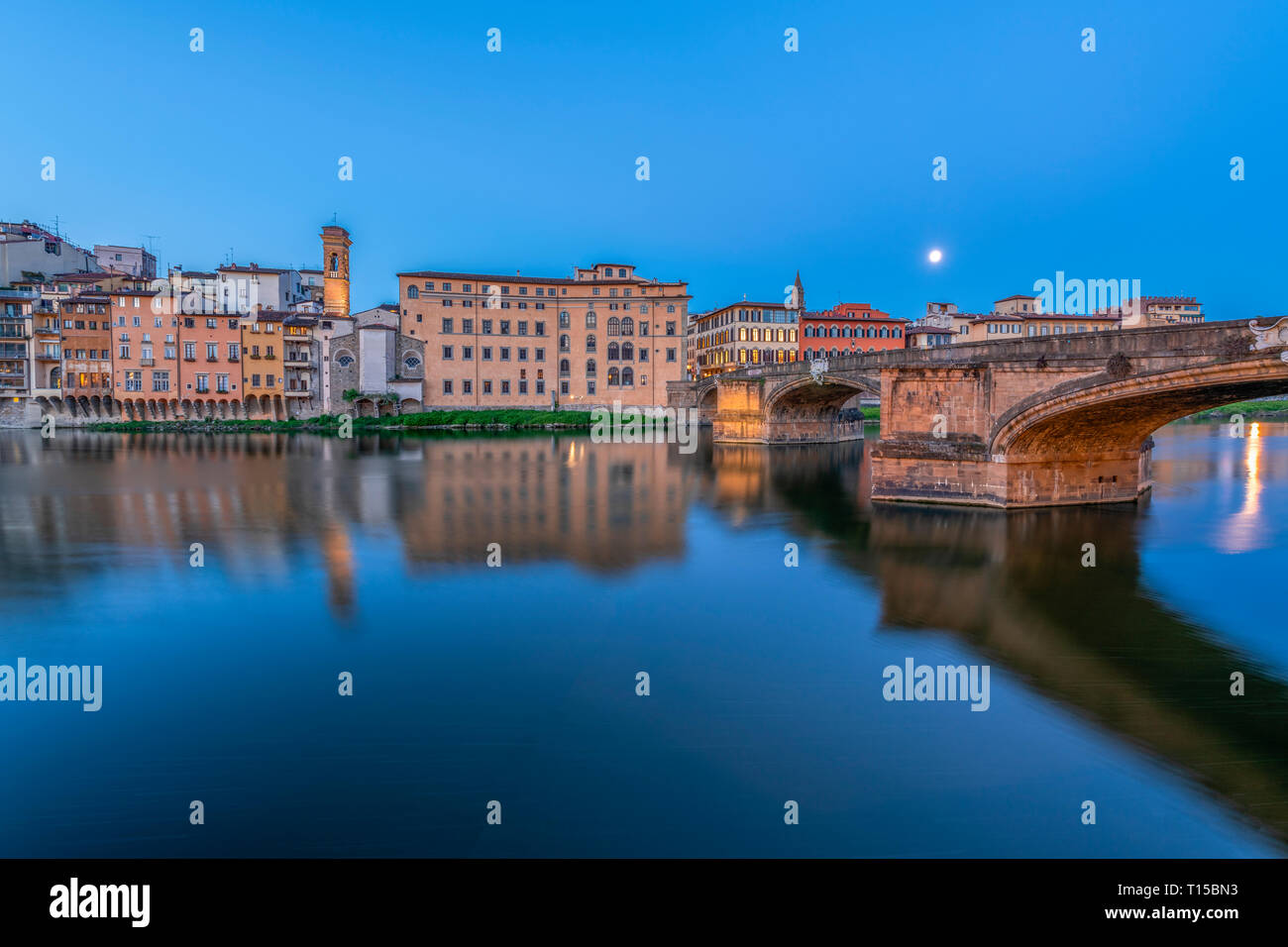 Italy, Tuscany, Florence, Ponte Vecchio at blue hour - Stock Image