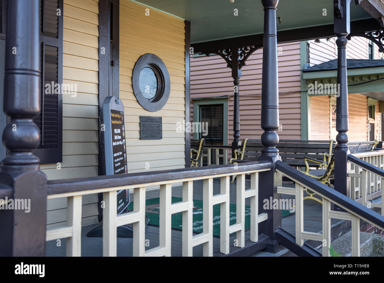 Front porch of Martin Luther King's birth home on Auburn Avenue in Atlanta, Georgia. (USA) - Stock Image