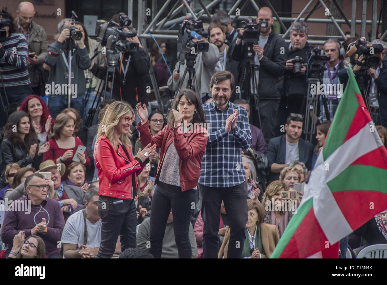 Madrid, Spain. 23rd Mar, 2019. Isabel Serra candidate for mayor of Madrid seen during the presentation.The left party presentation of the return of paternity permission of Pablo Iglesias at the square attached to the reina sofia de Madrid museum. Pablo Iglesias reappears in the public scene to enjoy the paternity leave. Credit: Alberto Sibaja/SOPA Images/ZUMA Wire/Alamy Live News - Stock Image