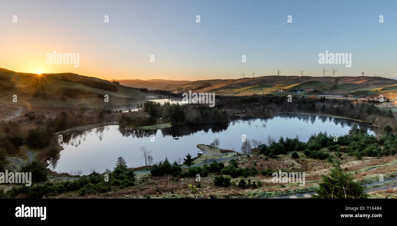Bwlch Nant Y Arian, Ceredigion, Wales, UK. 24th March 2019  UK Weather: Clear skies with a touch of frost as the sun rises over Bwlch Nant Y Arian near Ponterwyd, on this lovely spring morning. © Ian Jones/Alamy Live News - Stock Image