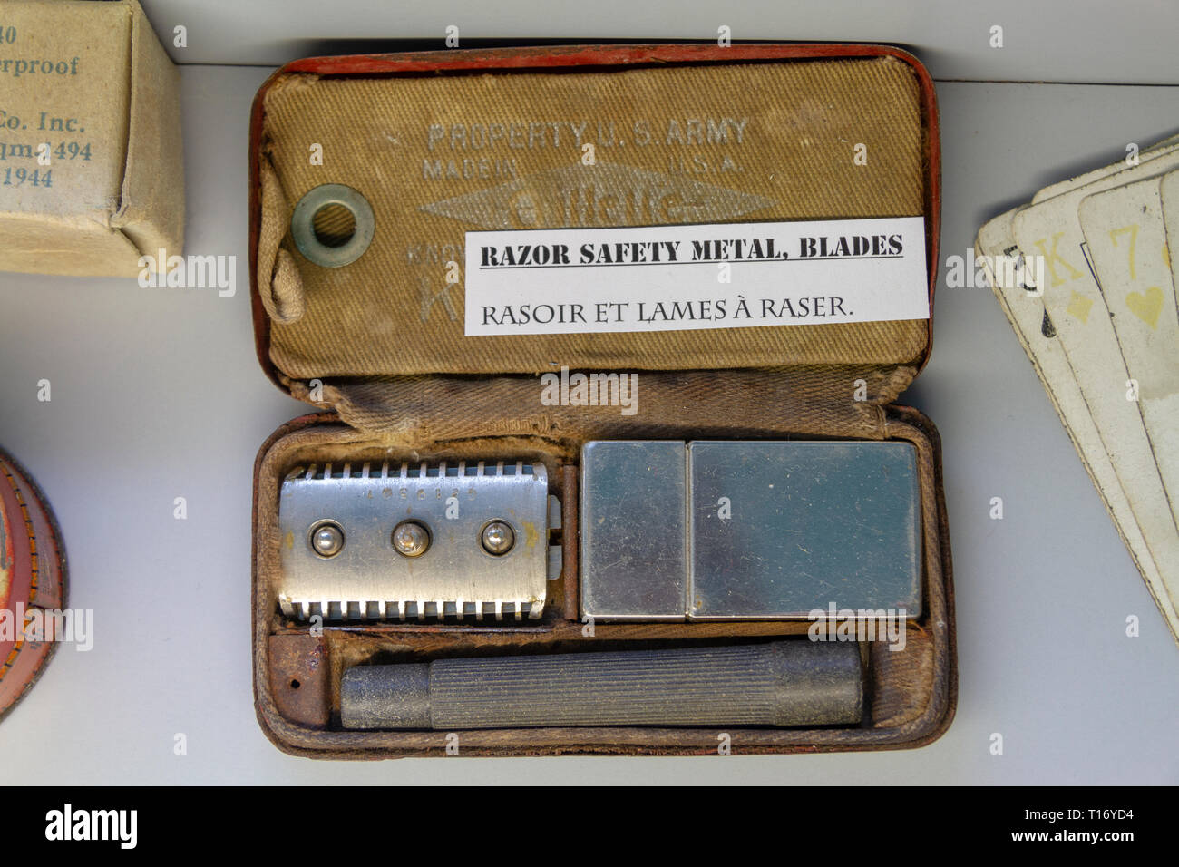 A US Army razor kit (by Gillette) from World War Two on display in The Airborne Museum, Sainte-Mère-Eglise, Normandy, France. - Stock Image