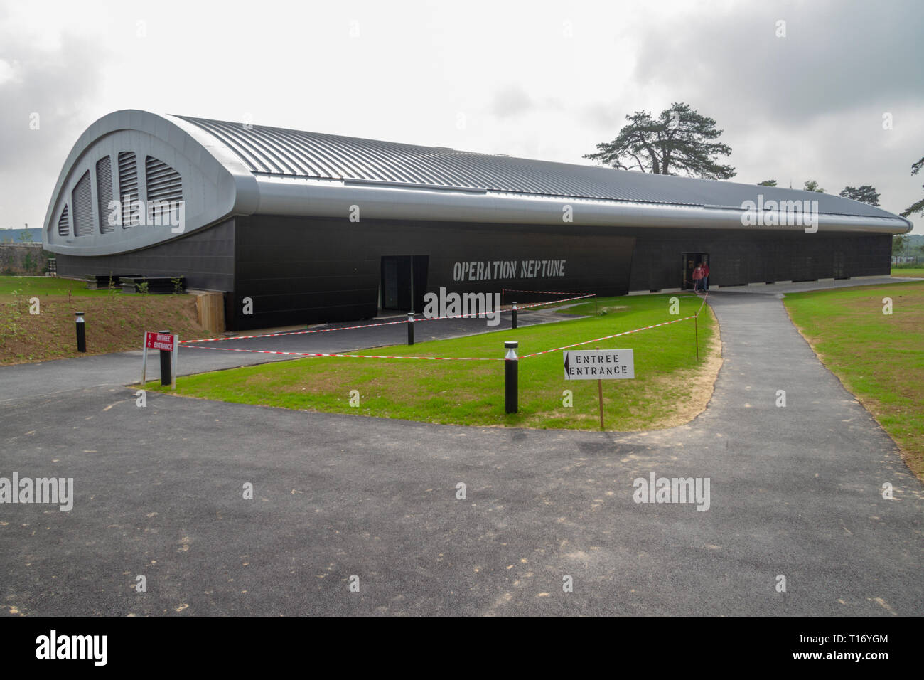 External view of the Operation Neptune exhibition in The Airborne Museum, Sainte-Mère-Eglise, Normandy, France. - Stock Image