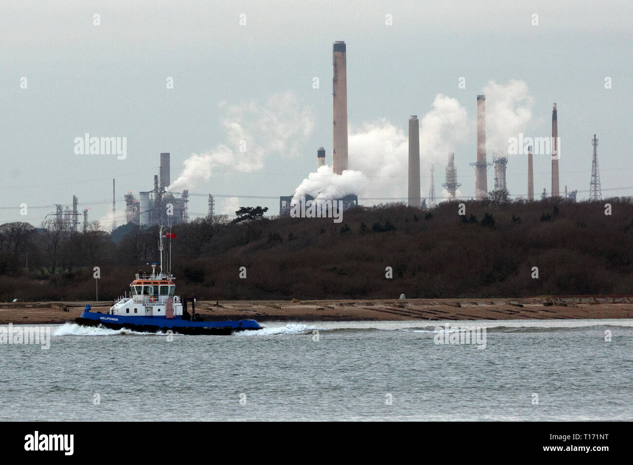 Tug,Willpower,Williams,Shipping,Company,Fawley,Oil,Refinery,The Solent,Southampton,Hampshire,England,UK, - Stock Image
