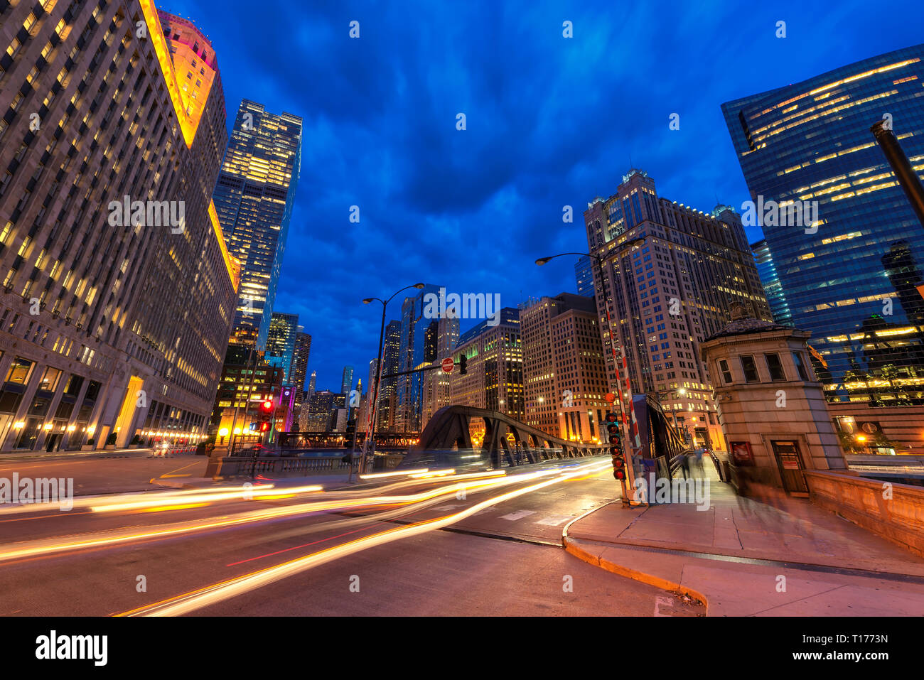 Night view of Chicago downtown in Chicago, Illinois - Stock Image