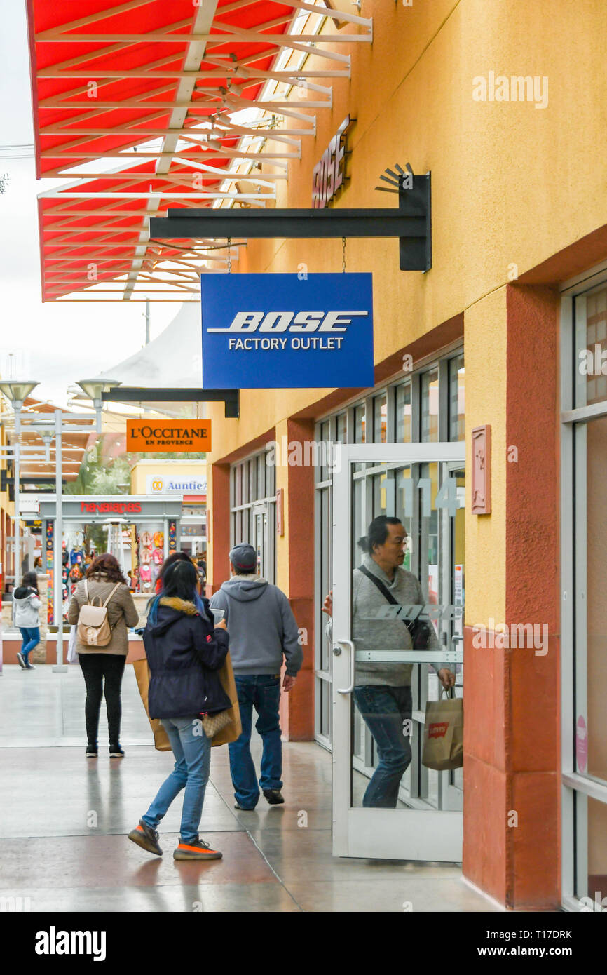 LAS VEGAS, NV, USA - FEBRUARY 2019: People going into the Bose store in the Simon Premium Outlets north in Las Vegas. - Stock Image