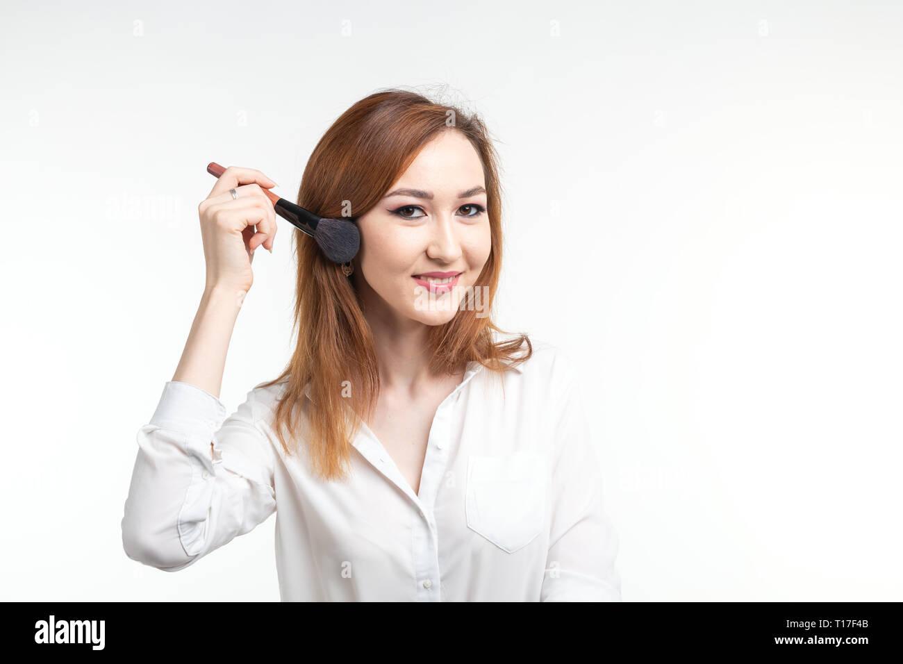 Makeup or makeup artist