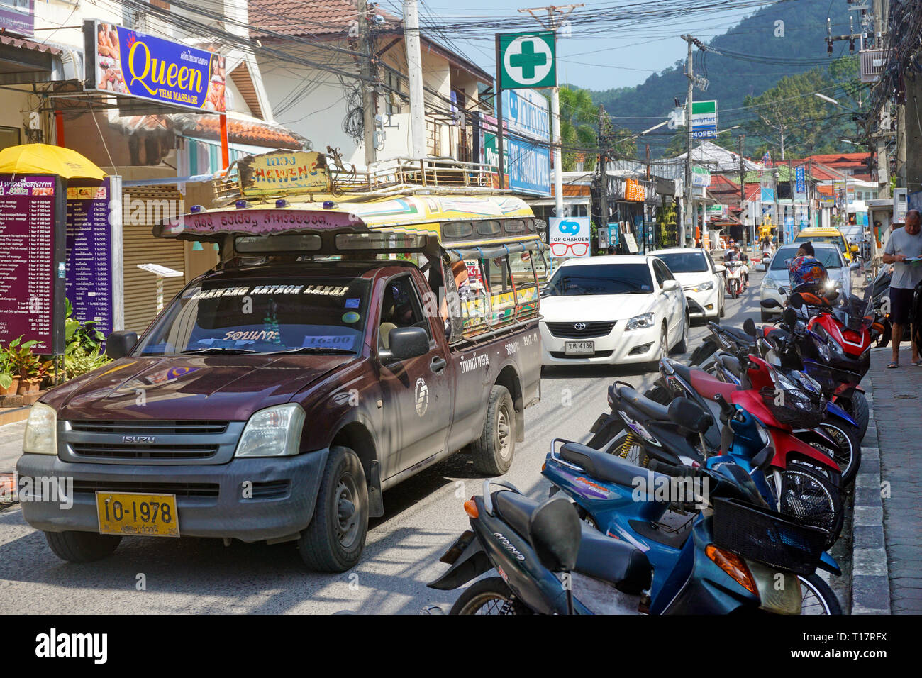 Songthaew, cheap share taxi, pick-up pick-up truck with a converted platform, Lamai Beach, Koh Samui, Surat Thani, Gulf of Thailand, Thailand - Stock Image