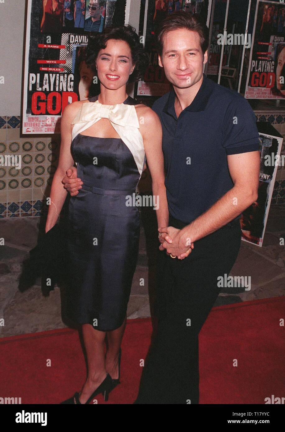 LOS ANGELES, CA. October 16, 1997:  'X-Files' star David Duchovny & wife Tea Leoni at premiere of his new movie 'Playing God.' - Stock Image