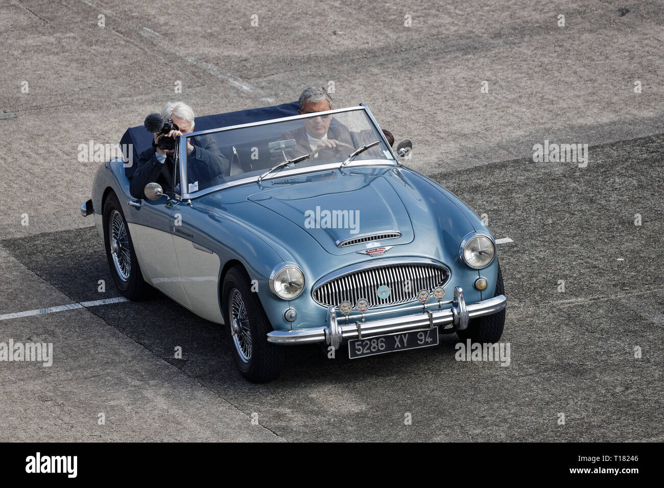 Linas-Montlhéry, France. 23rd Mar, 2019. Austin-Healey 3000 MkII - God Save The Car and the Motorcycle allows enthusiasts to admire English vintage cars and motorcycles on the mythical Linas-Montlhéry circuit, on March 23, 2019 in Linas-Montlhéry, France. Credit: Bernard Menigault/Alamy Live News - Stock Image
