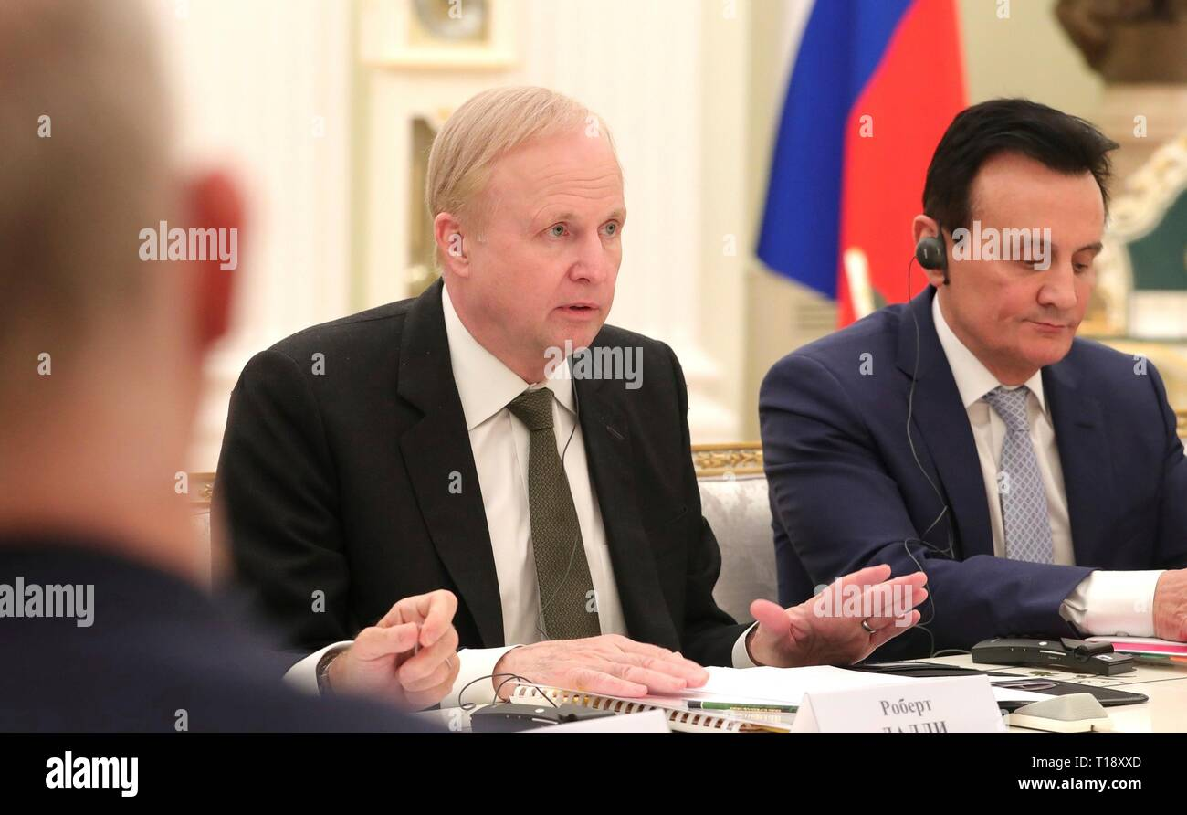 BP Group Chief Executive Robert Dudley, left, and AstraZeneca CEO Pascal Soriot, right, during a meeting with Russian President Vladimir Putin at the Kremlin March 20, 2019 in Moscow, Russia. - Stock Image