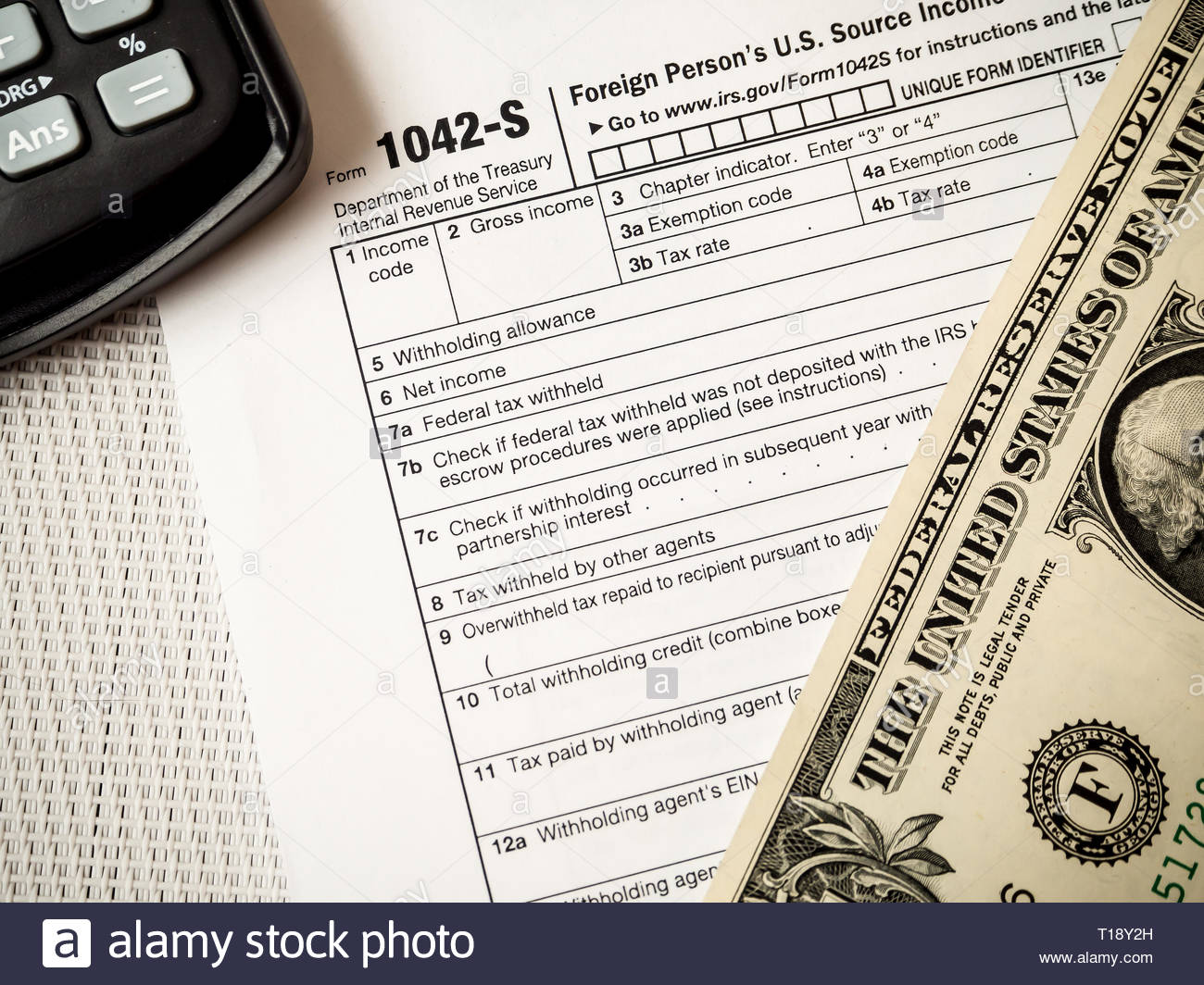 Printing tax settlement in the US with a dollar banknote and