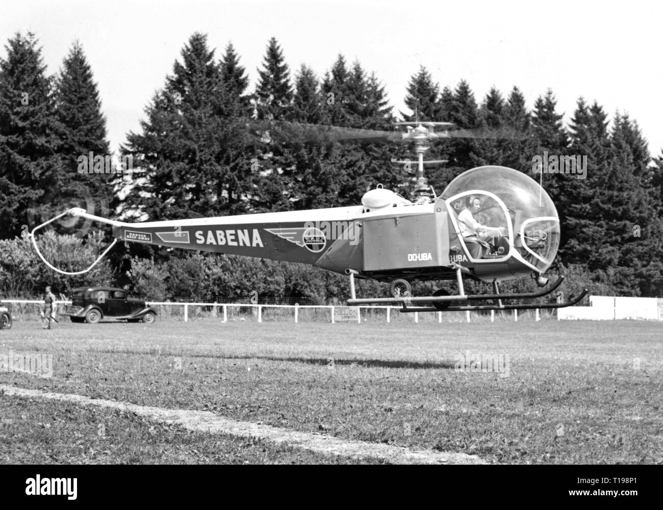 mail, airmail, helicopter Bell 47 D in the postal service of the Sabena, landing on a sports field, Belgium, 1950, Additional-Rights-Clearance-Info-Not-Available Stock Photo